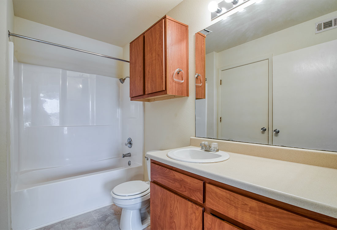1 & 2 Bedroom Apartments with Large Bathrooms at Cypress Bend Apartments in West Beaumont, TX