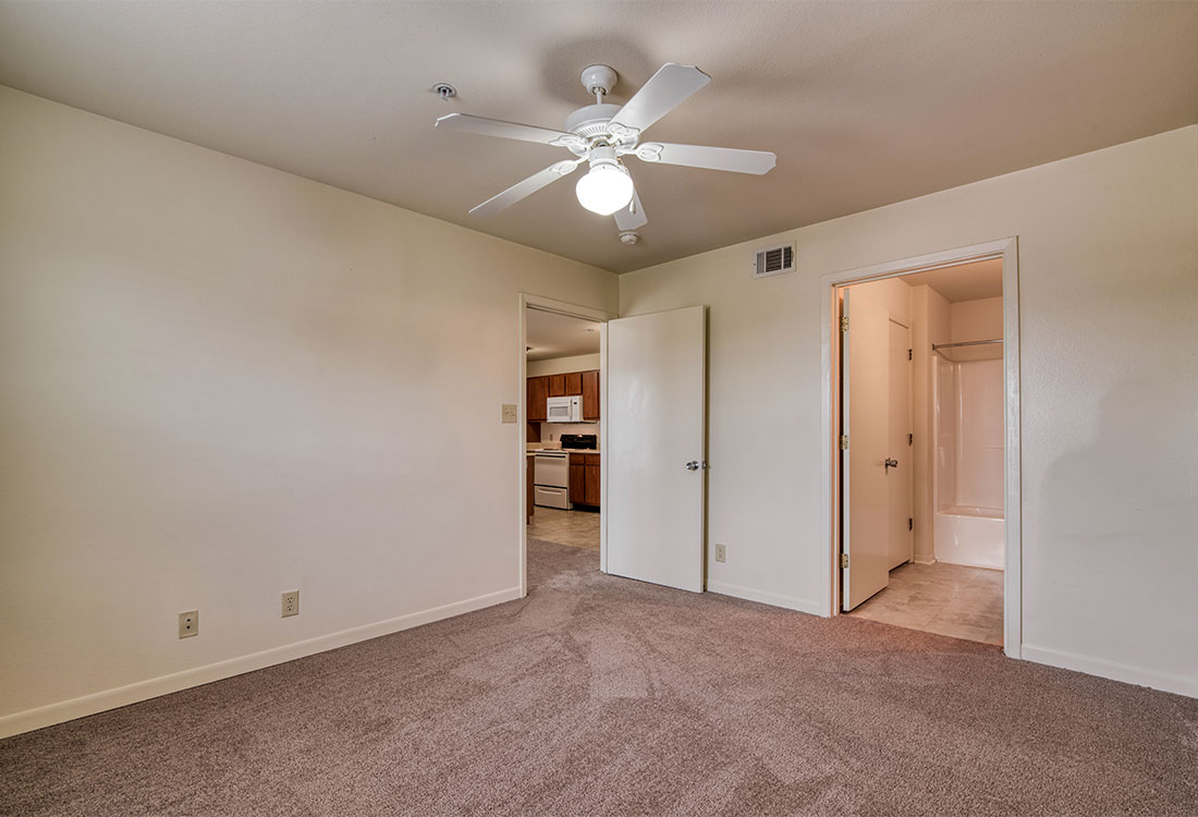 1 & 2 Bedroom Apartments for Rent with Ceiling Fans at Cypress Bend Apartments in West Beaumont, TX
