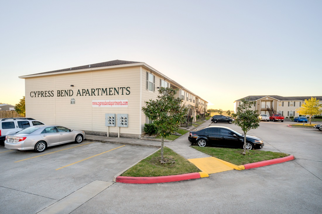 1-Bedroom Apartments for Lease at Cypress Bend Apartments in Beaumont, TX