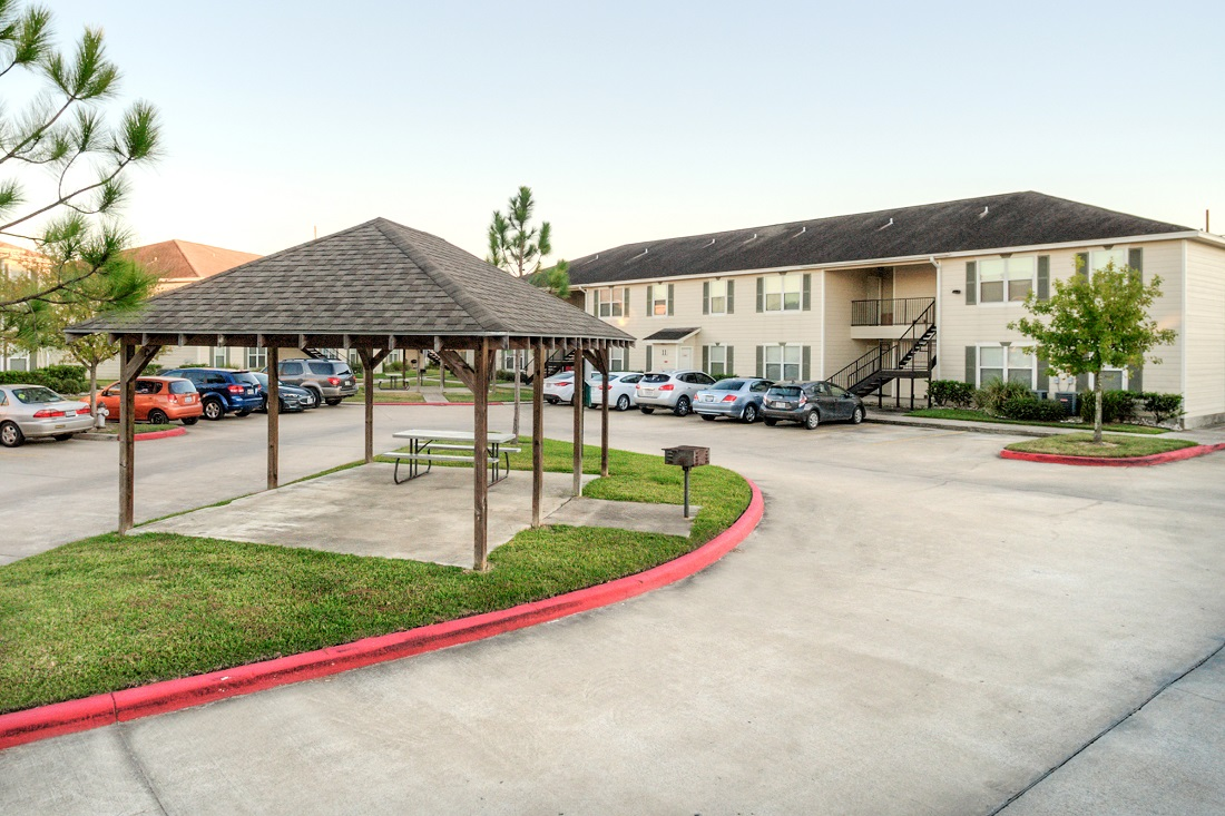 Effortless Parking at Cypress Bend Apartments in Beaumont, TX