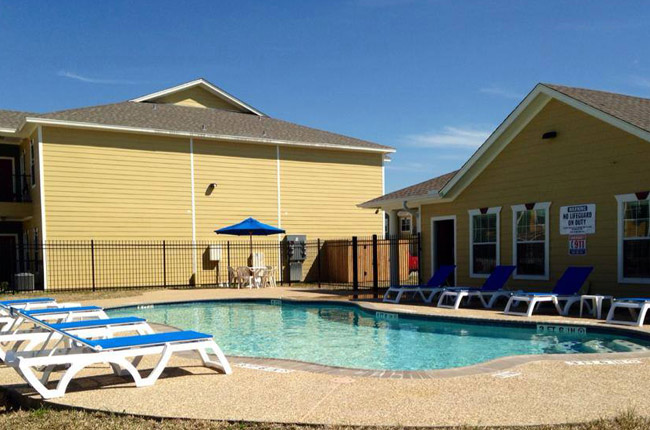 Apartments in beaumont tx cypress bend village in for 3328 terrace nederland tx