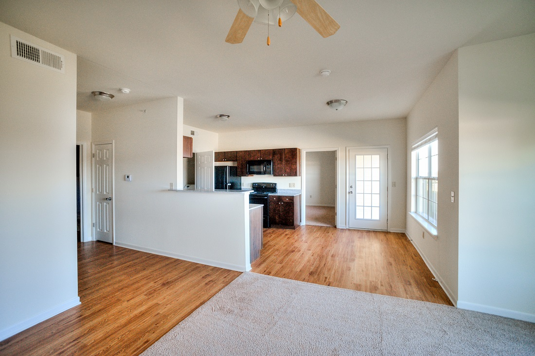 Ample Natural Lighting at Cypress Bend Village Apartments in Beaumont, TX