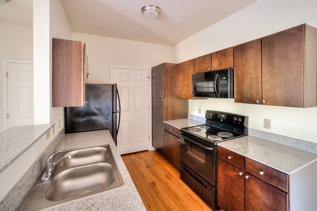 Spacious Kitchens at Cypress Bend Village Apartments in Beaumont, TX