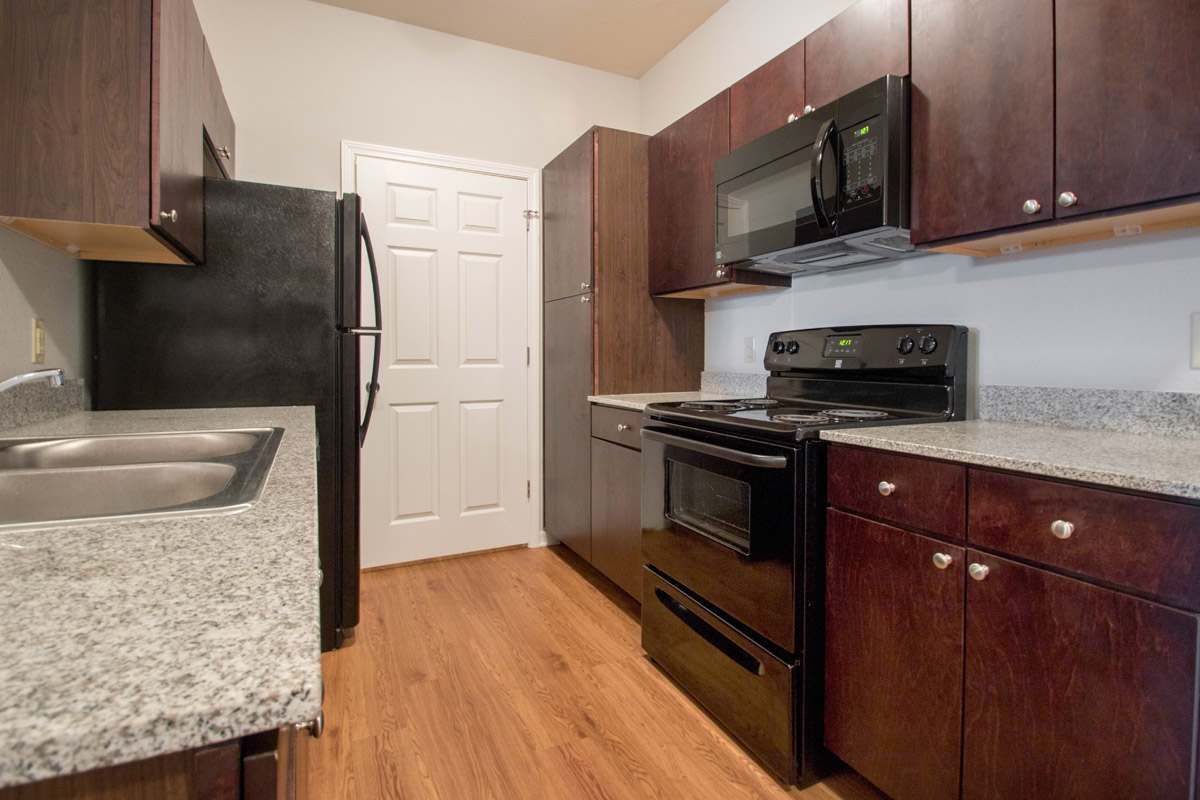Modern Kitchens at Cypress Bend Village Apartments in Beaumont, TX