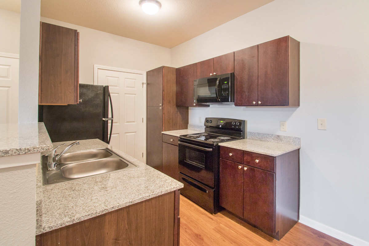Beautiful Kitchens at Cypress Bend Village Apartments in Beaumont, TX