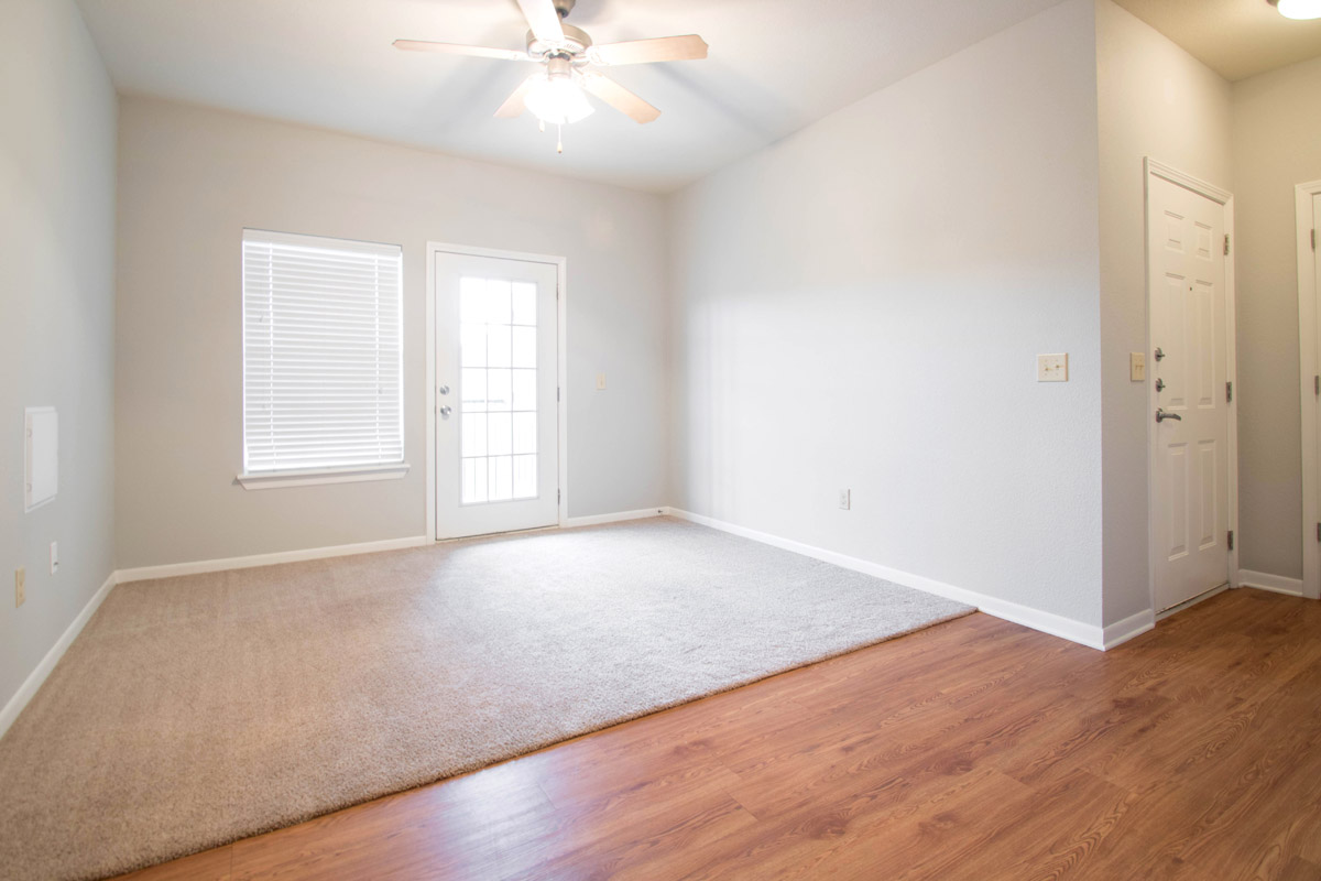 Spacious Living Spaces at Cypress Bend Village Apartments in Beaumont, TX