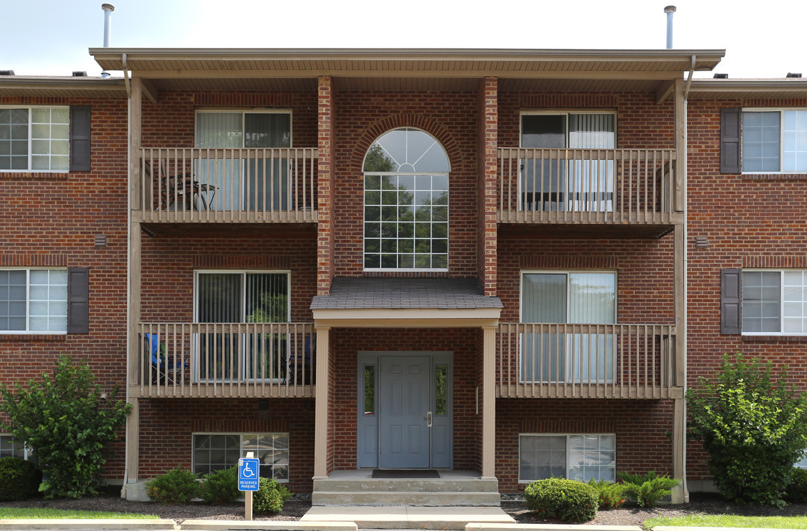 Private Balconies at Deer Ridge Apartments in Loveland, Ohio