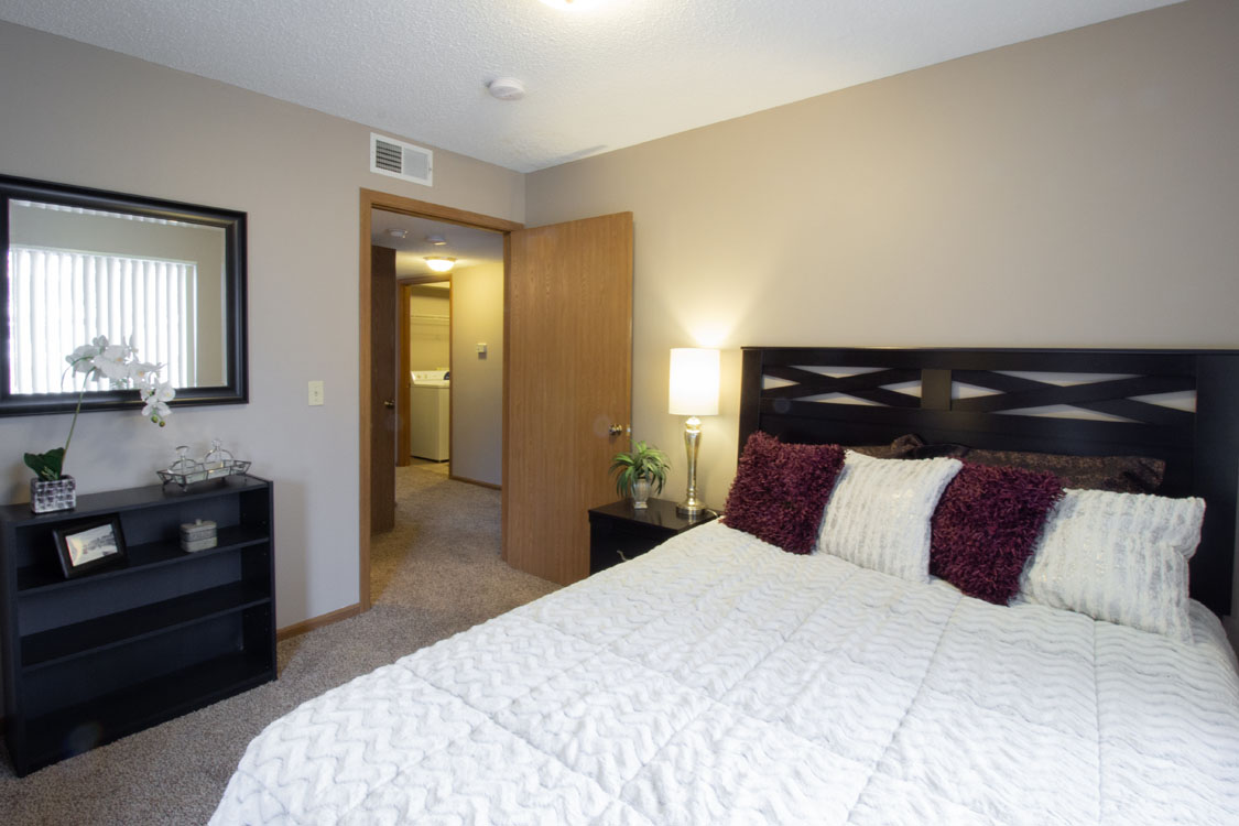 2-Bedroom Apartments at Delaware Crossing Apartments in Ankeny, Iowa