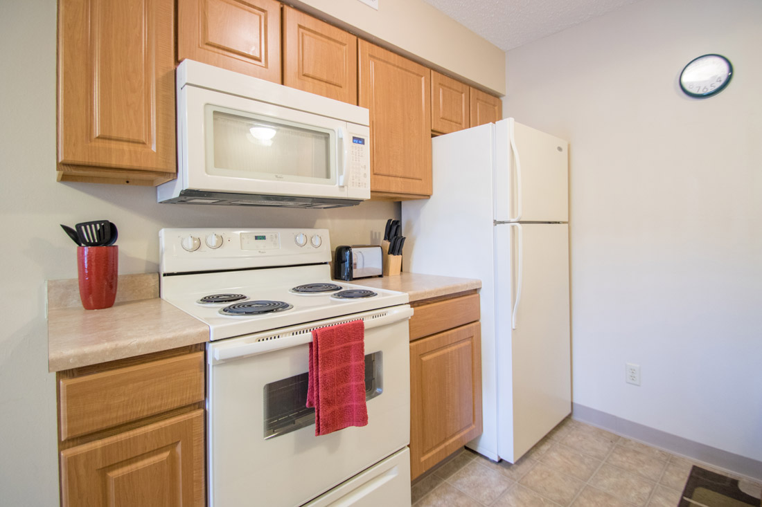 Updated Kitchen Amenities at Delaware Crossing Apartments in Ankeny, Iowa