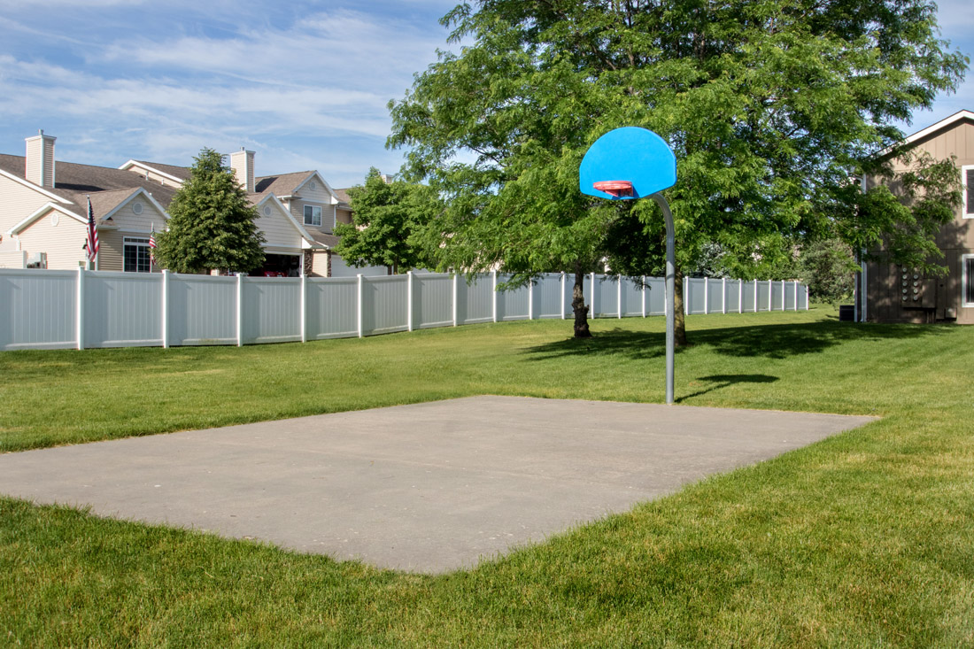 Community Basketball Court at Delaware Crossing Apartments in Ankeny, Iowa