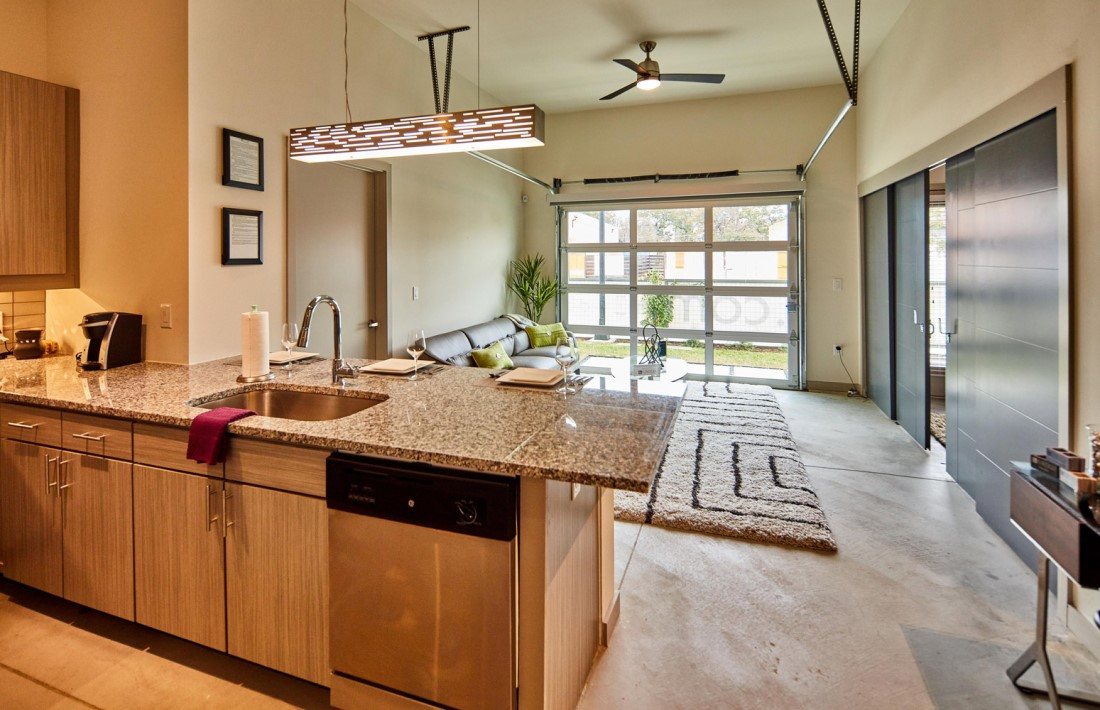 Open Concept Floor Plans With Ample Lighting At Digit 1919 Apartments In Dallas, TX