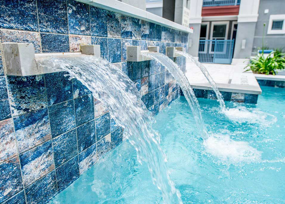 Water Fountains at Dolce Midtown Apartments in Houston, Texas