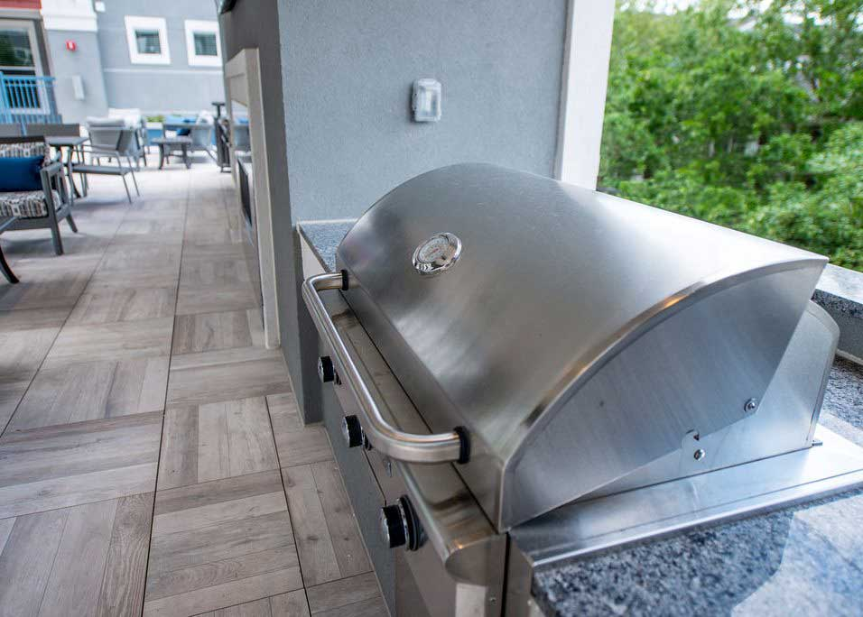 Grilling Station at Dolce Midtown Apartments in Houston, Texas