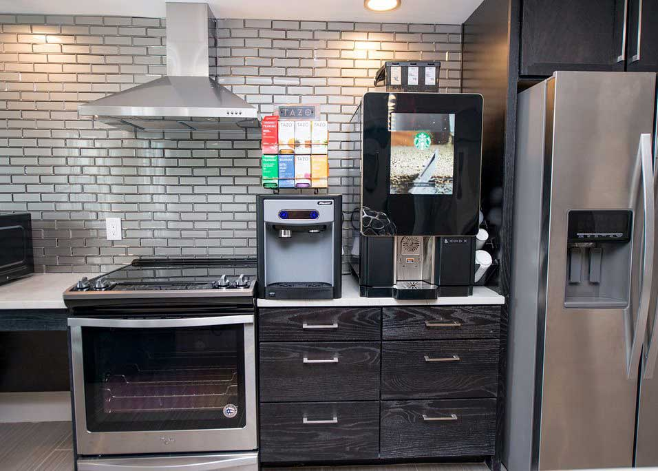 Stainless Steel Appliances at Dolce Midtown Apartments in Houston, Texas