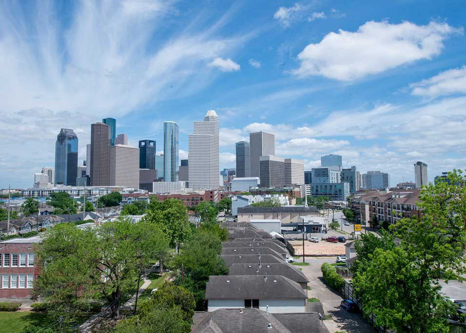 Minutes from Downtown Houston at Dolce Midtown Apartments in Houston, Texas