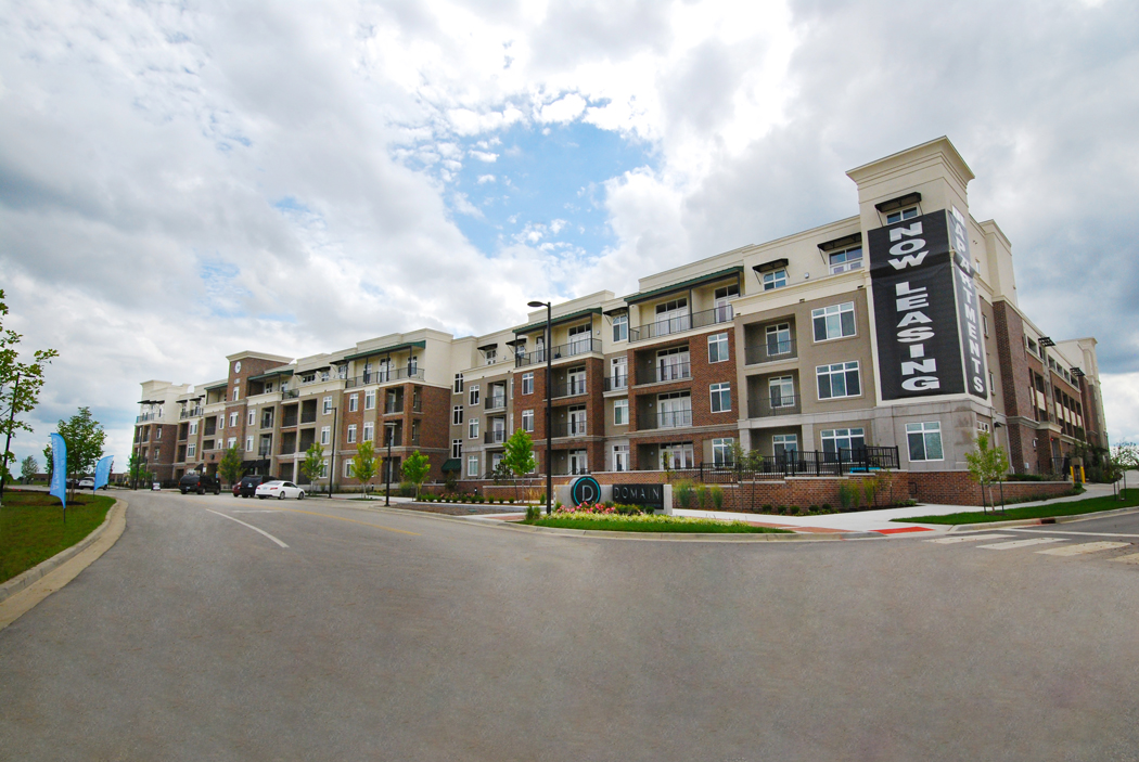 Apartments for Lease in Lenexa at Domain City Center Luxury Apartments in Lenexa, Kansas
