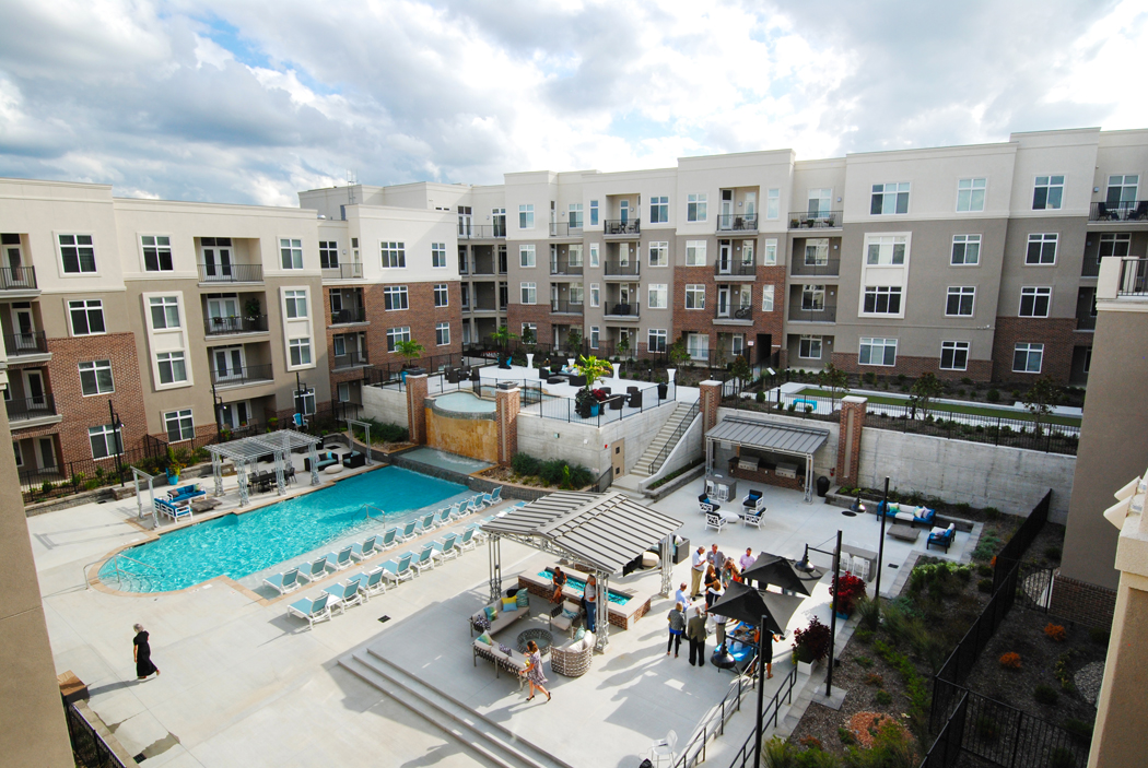 Premium Community Amenities at Domain City Center Luxury Apartments in Lenexa, Kansas