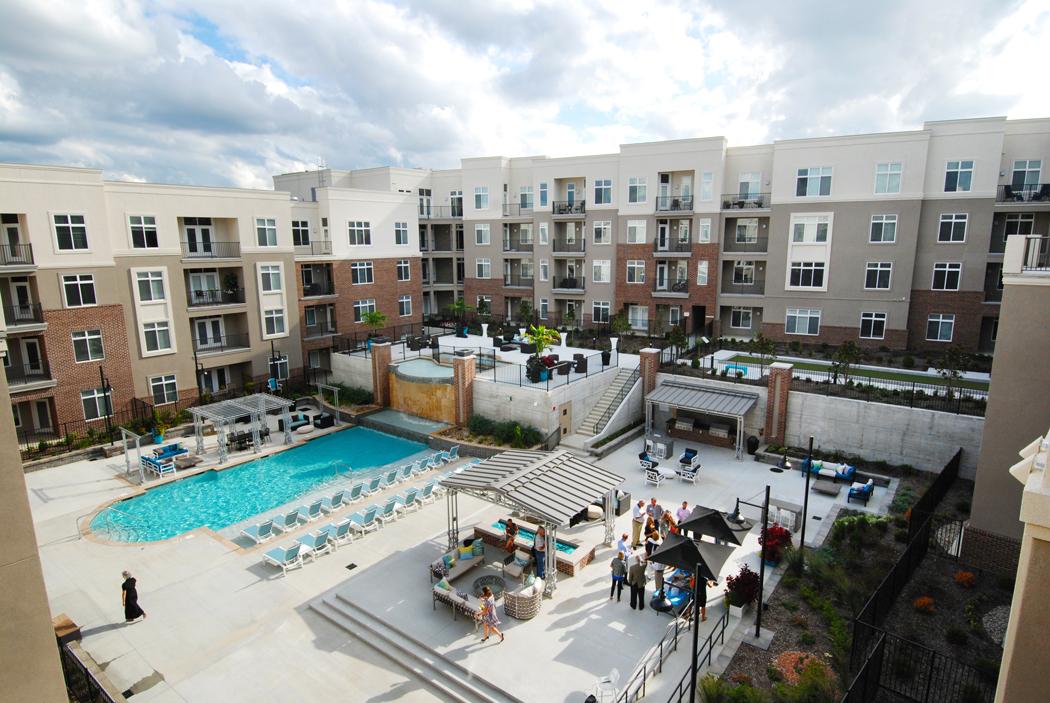 Domain At City Center Apartments Lenexa