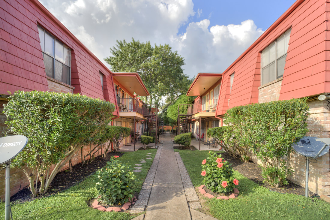 Resident Walking Paths at Dover Place Apartments in Houston, Texas