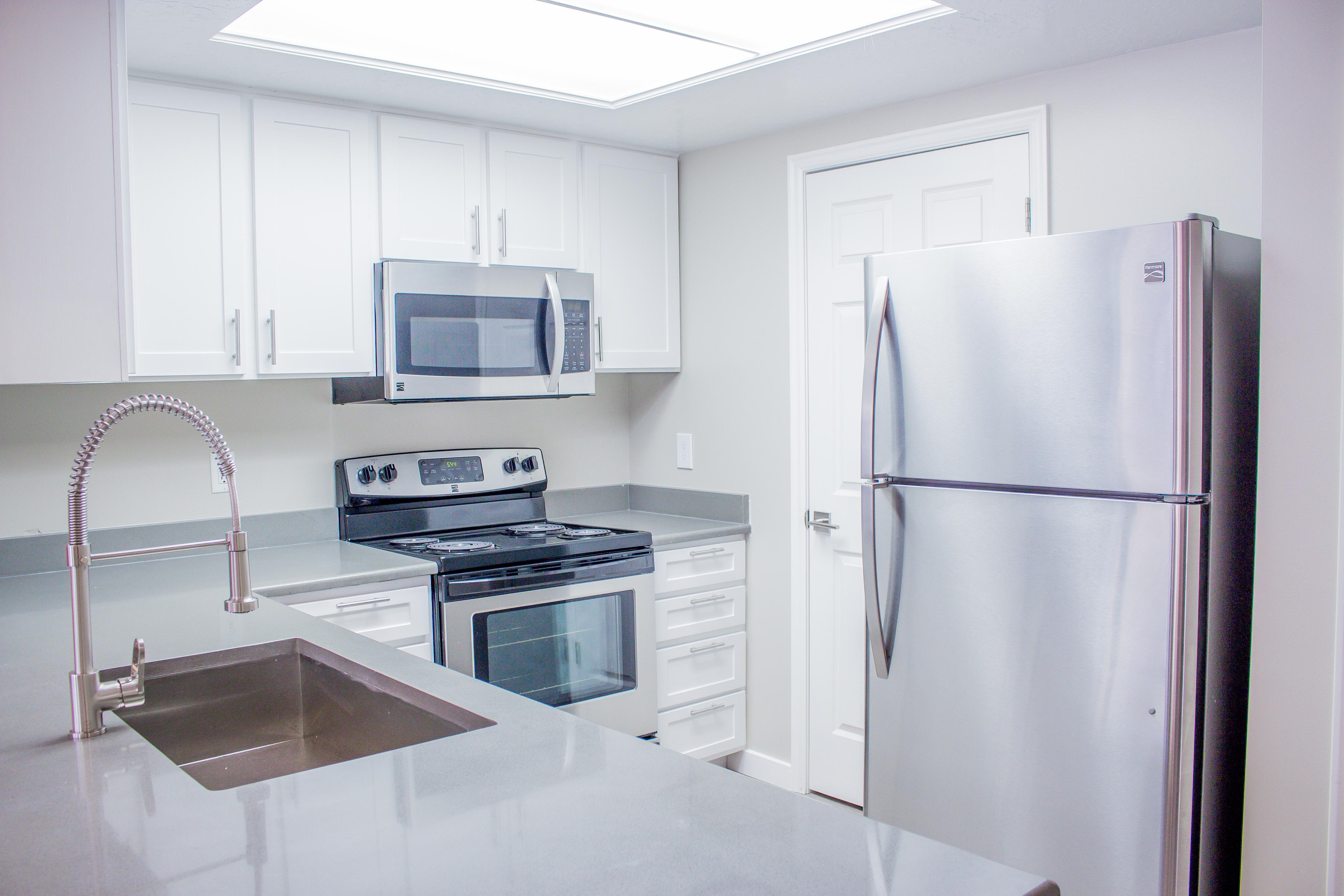 Energy Efficient Appliances at Edgewood Apartments in Cottonwood Heights, UT