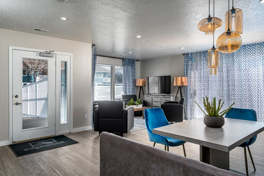 Live and Relax at Edgewood Park Apartments