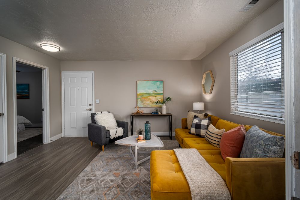 Live in Luxury at Edgewood Park Apartments