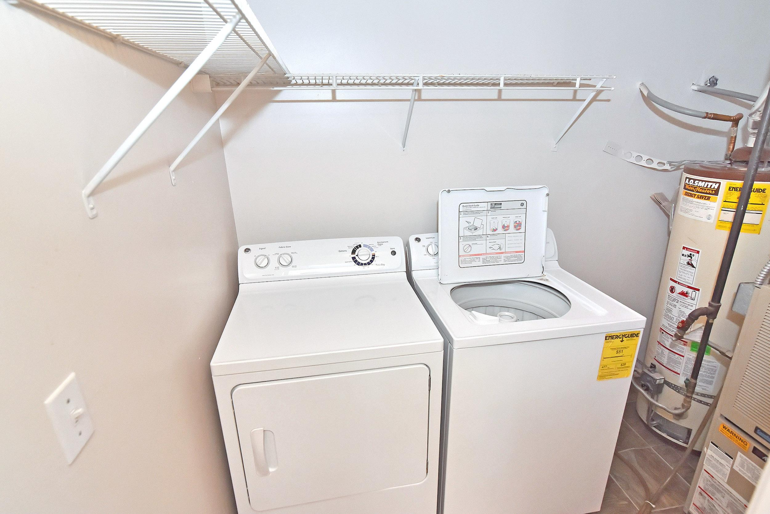 Washer and Dryer at Edgewood Apartments in Cottonwood Heights, UT