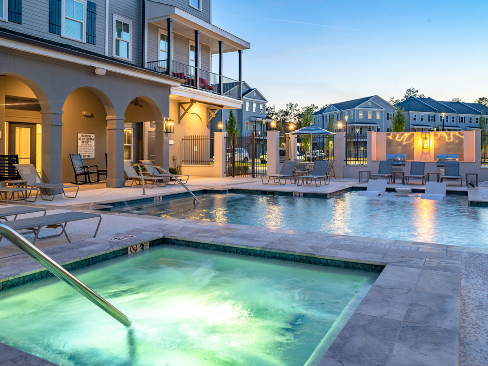 Hot Tub at Elan at Terra Bella Apartments in Covington, Louisiana