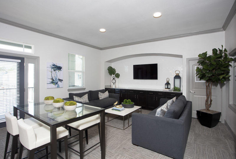 Resident Lounge at Elan at Terra Bella Apartments in Covington, Louisiana