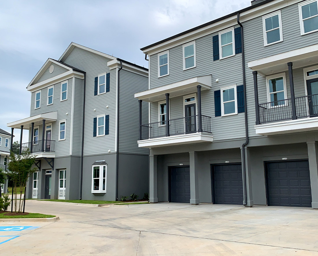 Apartments with Private Garage at Elan at Terra Bella Apartments in Covington, Louisiana