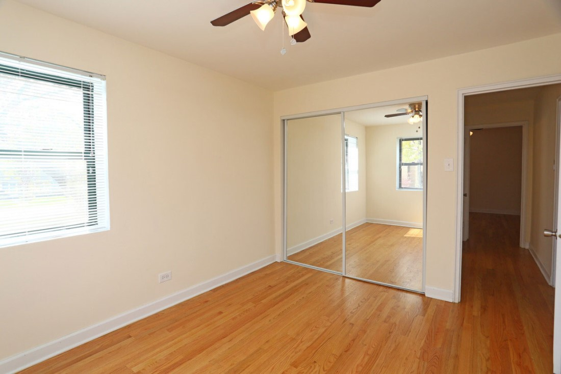 Hardwood Flooring at Elmhurst Terrace Apartments in Elmhurst, Illinois