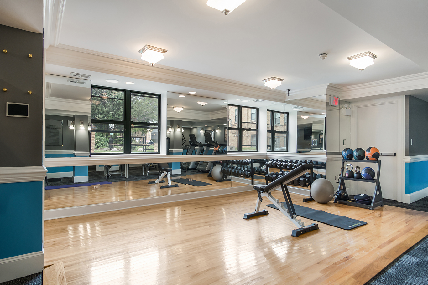 Fitness Center at Elmhurst Terrace Apartments in Elmhurst, Illinois