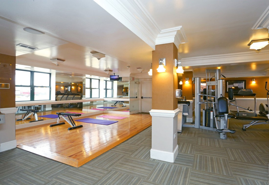 On-Site Gym at Elmhurst Terrace Apartments in Elmhurst, Illinois