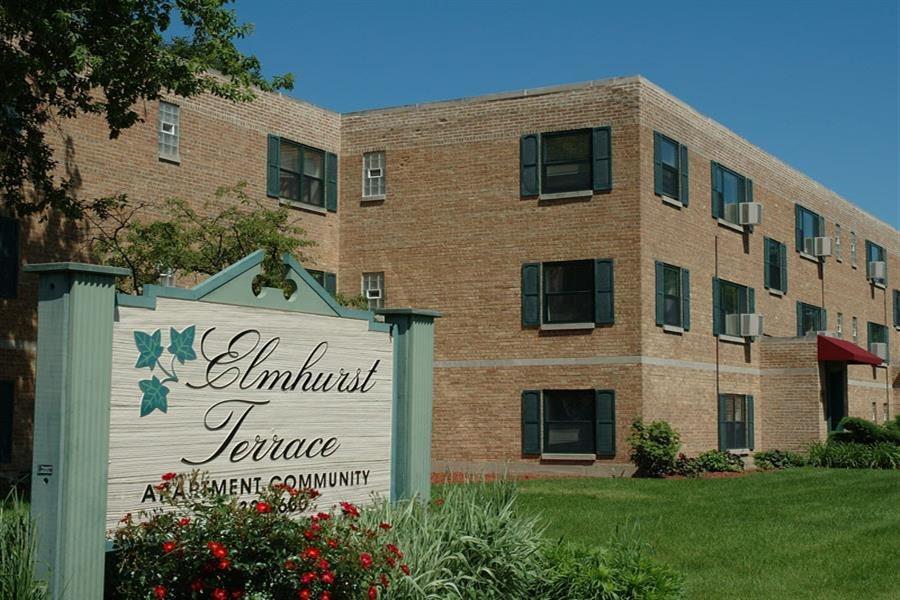 Welcome Signage at Elmhurst Terrace Apartments in Elmhurst, Illinois