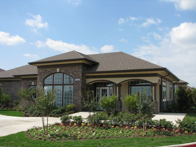 Resident Clubhouse at Estate Villas at Krum Apartments in Krum, TX