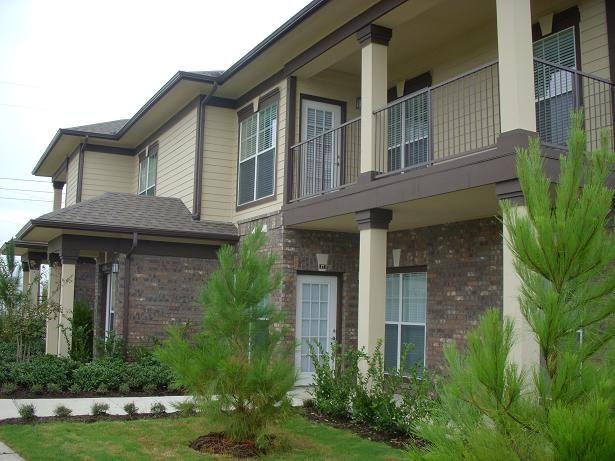 Exterior of Apartments at Estate Villas at Krum Apartments in Krum, TX