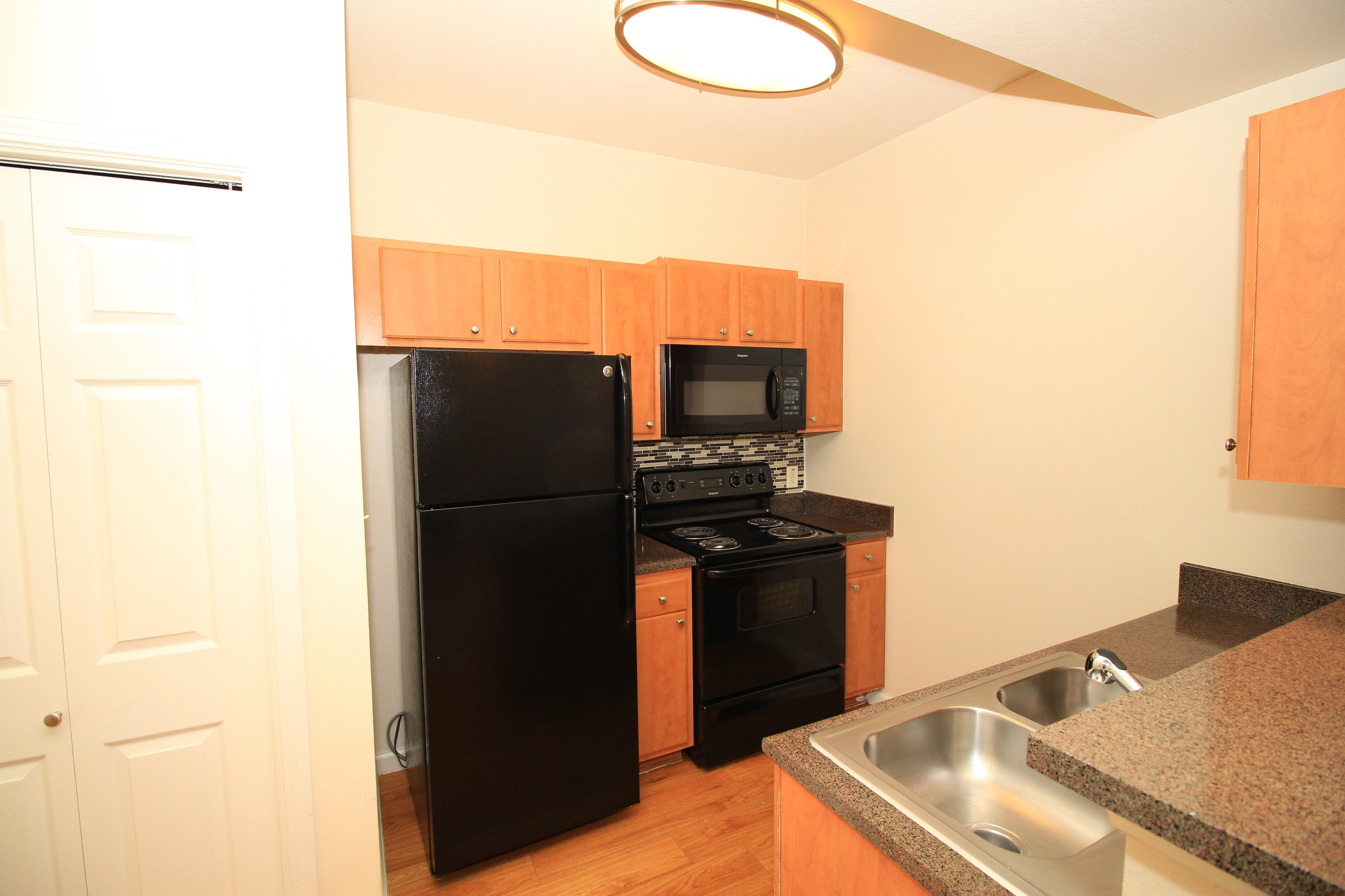 Kitchen Luxury Upgrade at The Oxford at Estonia Apartments in San Antonio, TX