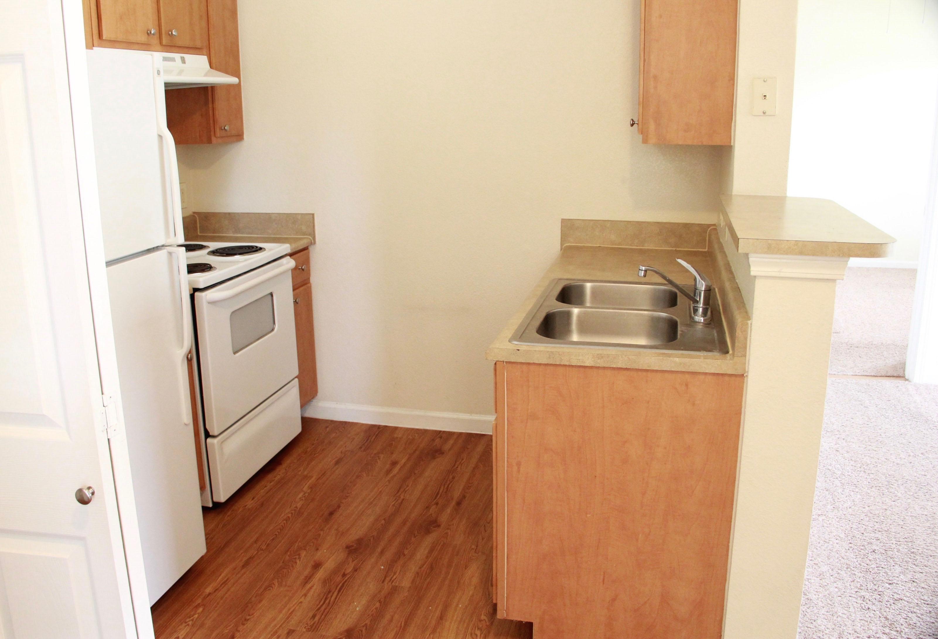 Kitchen  at The Oxford at Estonia Apartments in San Antonio, TX