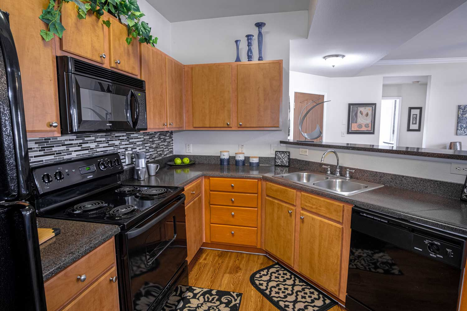 Fully Equipped Kitchen at The Oxford at Estonia Apartments in San Antonio, TX