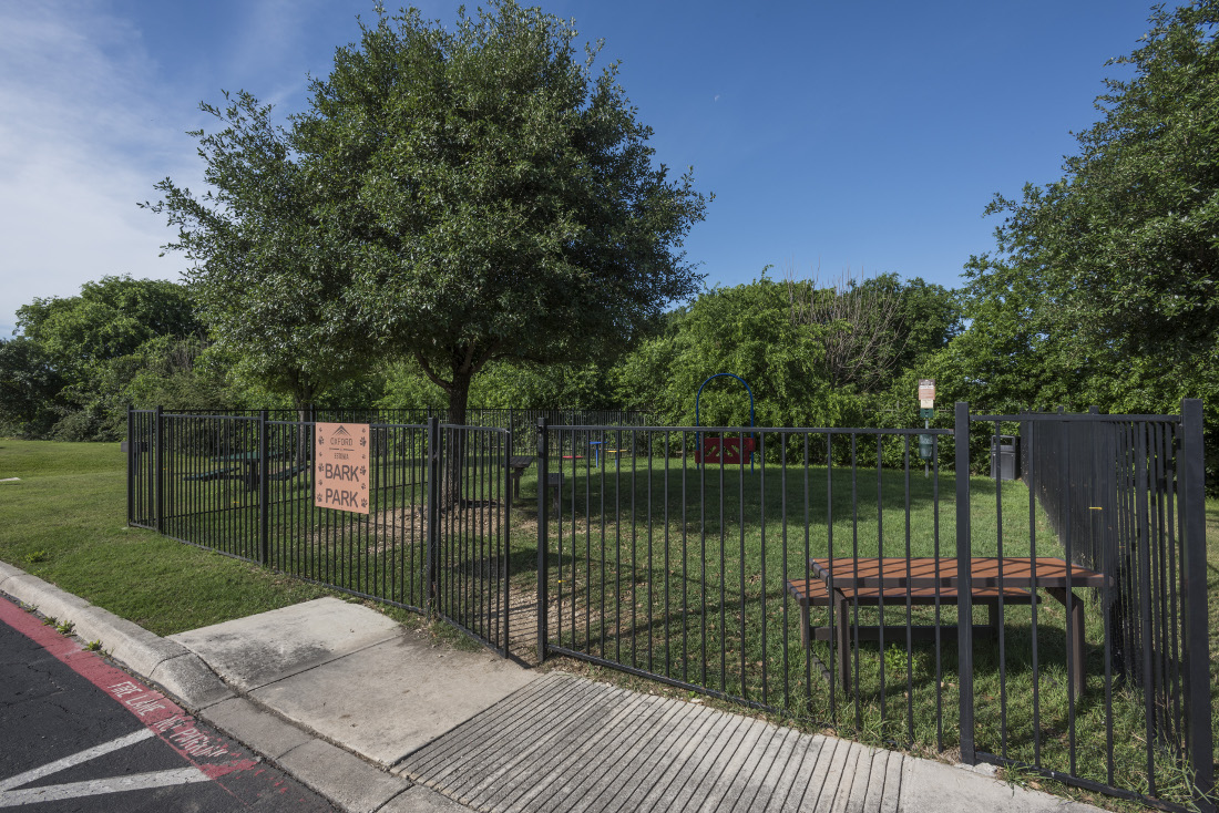 Fenced Dog Park at the Oxford at Estonia Apartments in San Antonio, TX