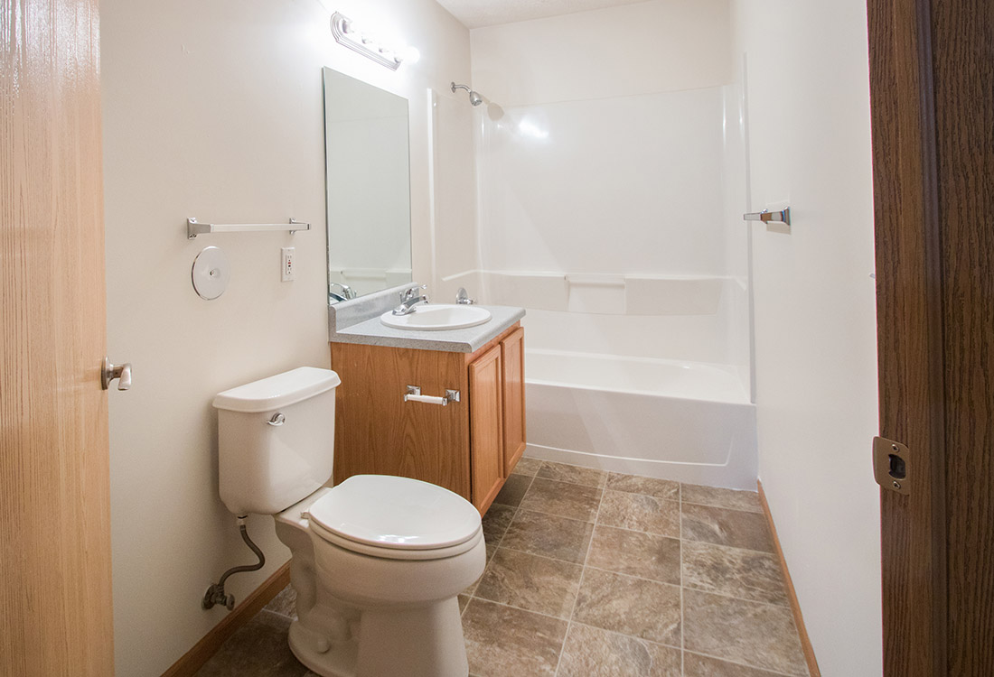 Large Bathrooms at Fairfax Apartments in Omaha, Nebraska