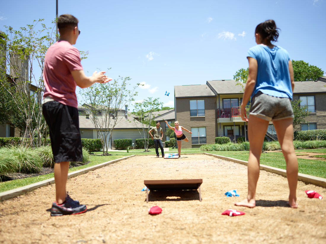 Outdoor Activities at Falls at Clear Lake Apartments in Webster, TX