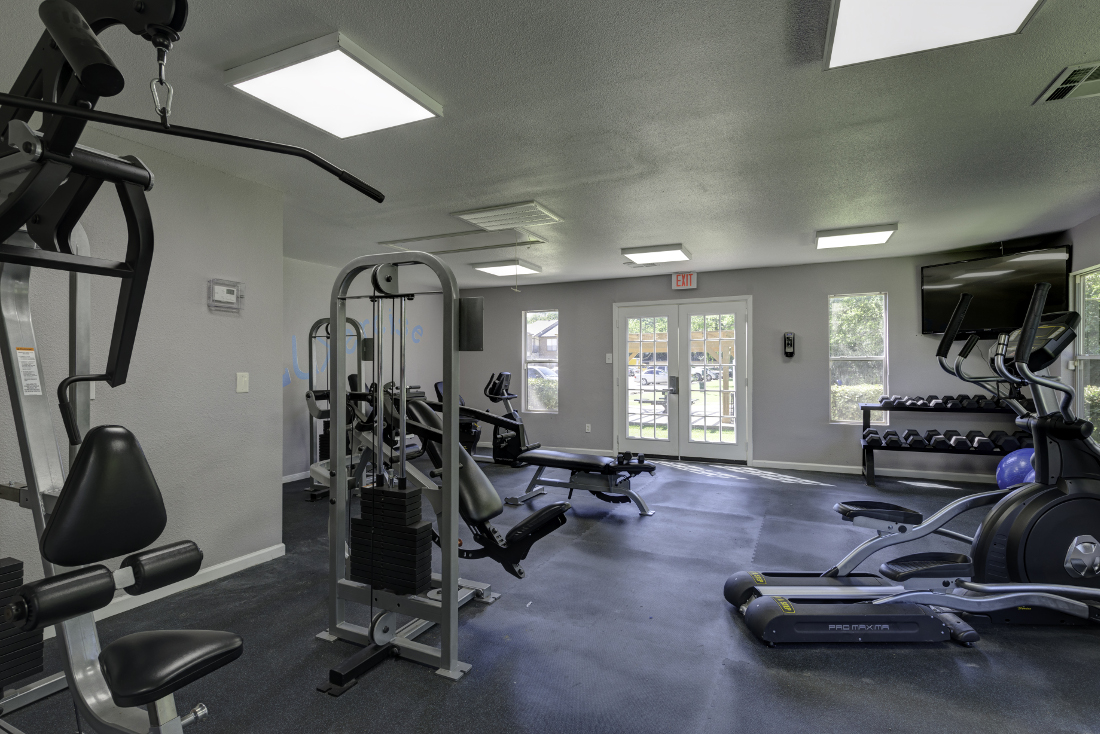 Fitness Center at Falls at Clear Lake Apartments in Webster, TX