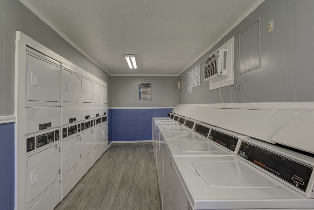 Laundry Facilities at Falls at Clear Lake Apartments in Webster, TX
