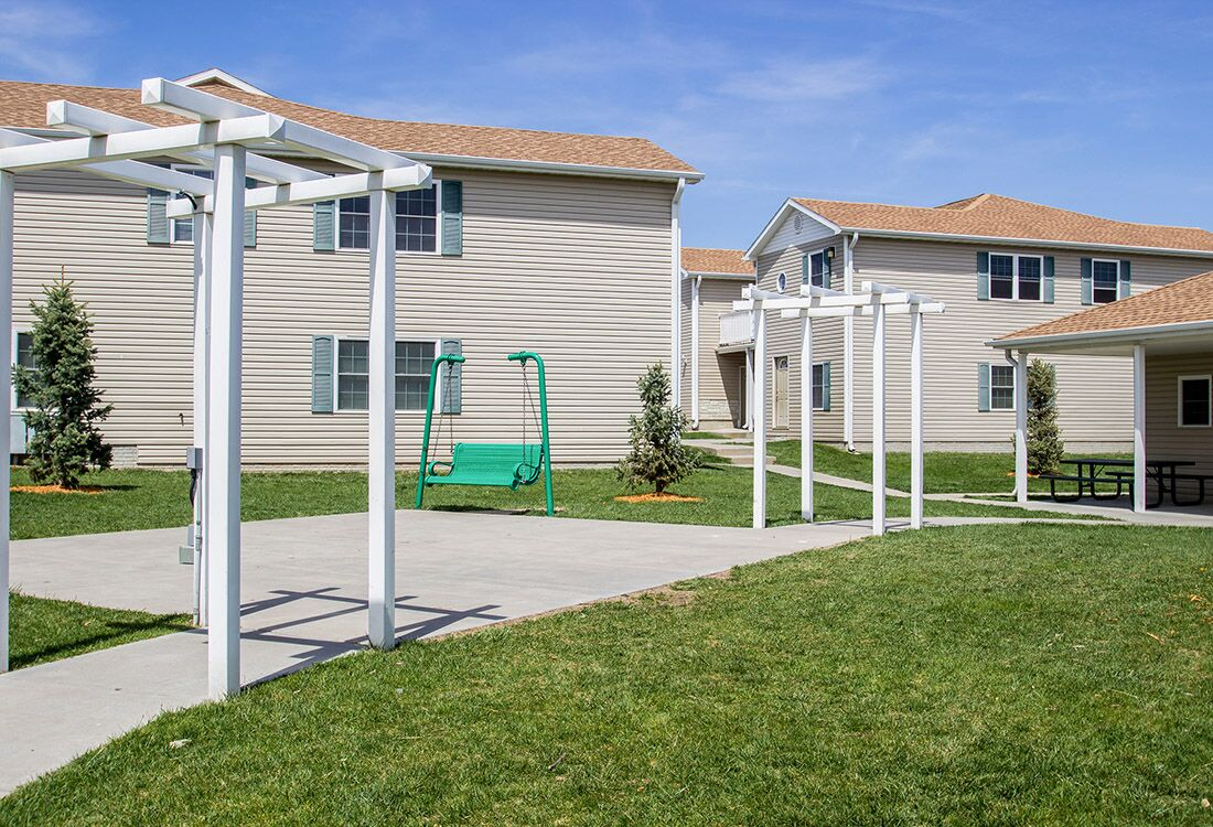 Outdoor Amenities and Recreation at Fieldstone Place Apartments in Lincoln, NE