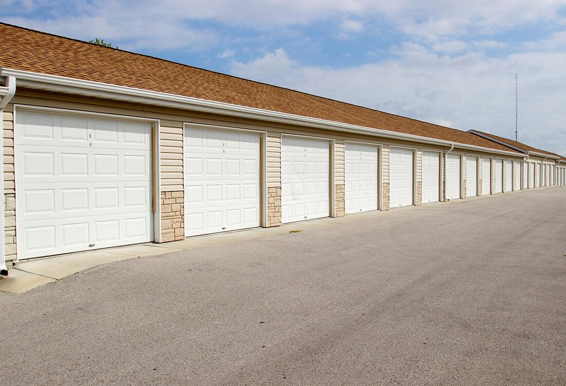 Detached Garages at Fieldstone Place Apartments in Lincoln, NE