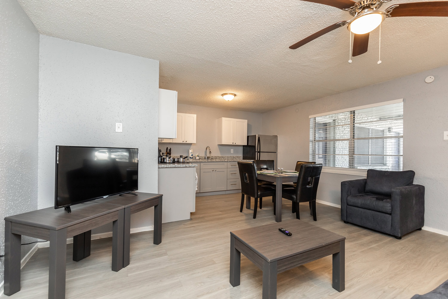 Spacious Apartments at The Five Points at Texas Apartments in Texas City, Texas