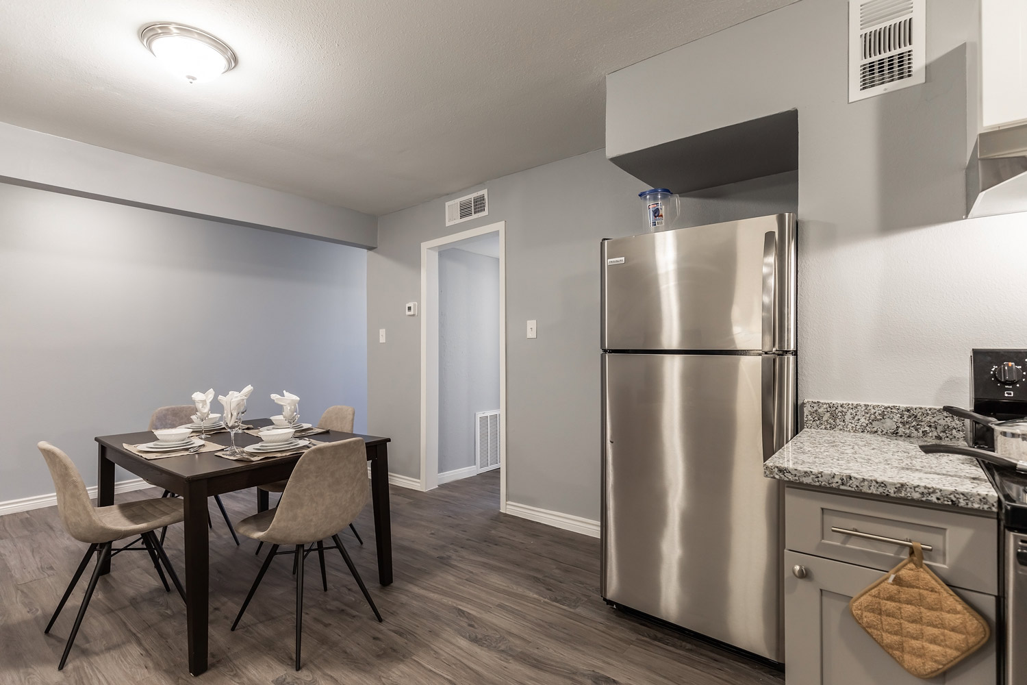 Apartment for Lease at The Five Points at Texas Apartments in Texas City, Texas