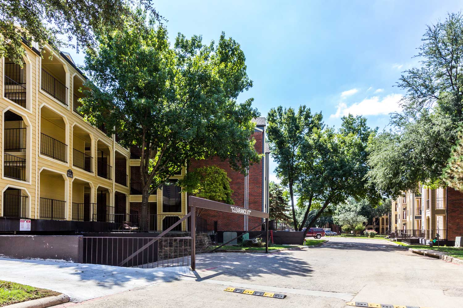 Hassle-Free Parking Lotat Forest Hills Apartments in Dallas, TX