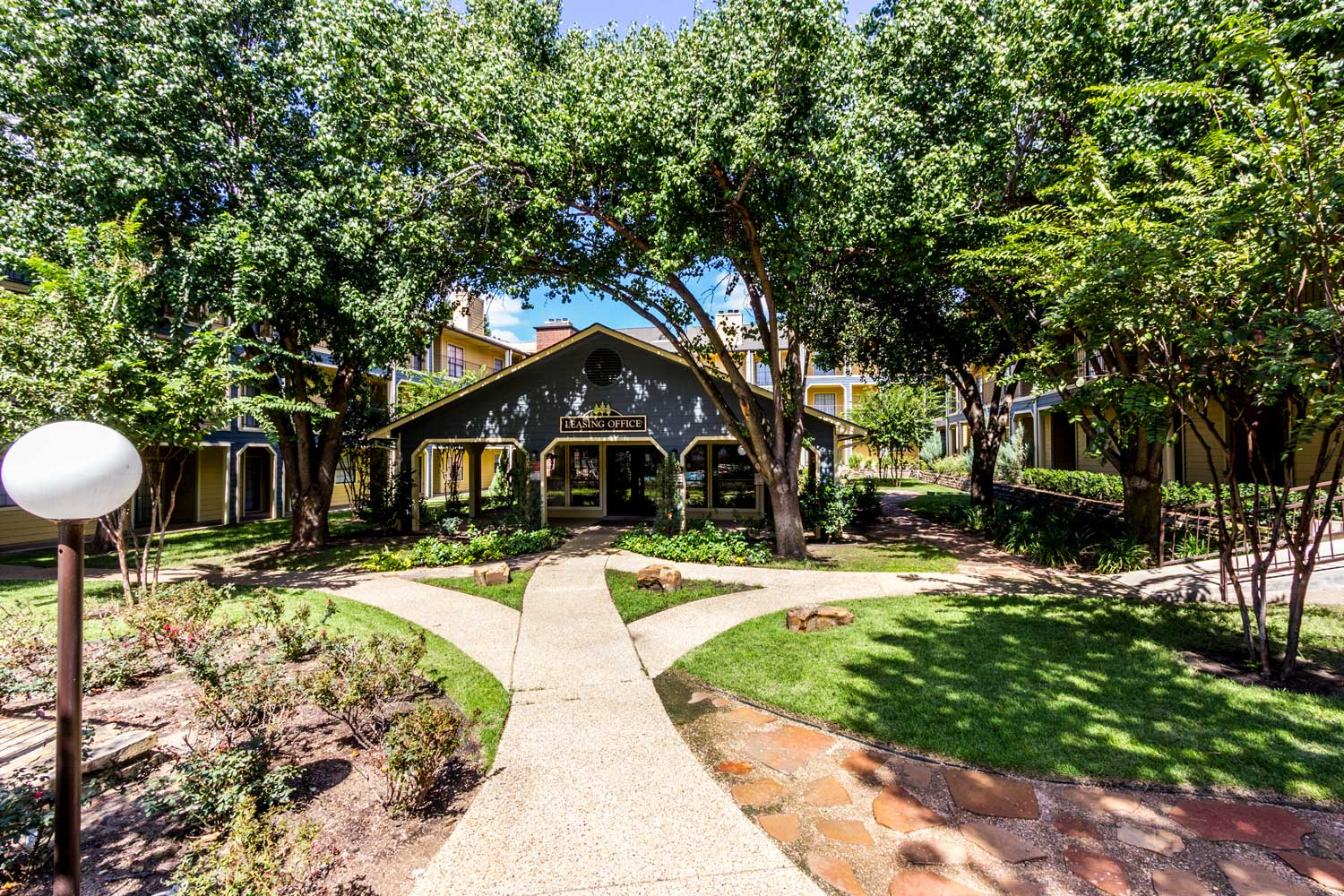 Lush Green Landscaping at Forest Hills Apartments in Dallas, TX